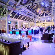 4dcf2c7c98 rendezvényhelyszín Budapest Symbol Garden exkluzív rendezvényhelyszín ...